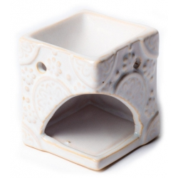 Aroma burner white with flowers