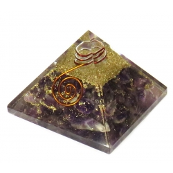 Orgonite Pyramid - Amethyst with crystal point and copper (55mm)