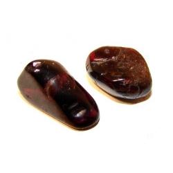 Garnet tumbled stone 15-20mm